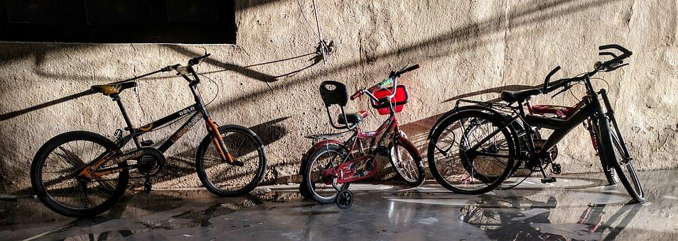 Bikes, Parkig, Urban, Wall, Cycle, Sunset Light