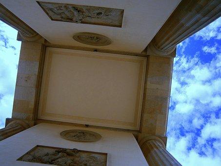 Brandenburg Gate, Passage, Middle Passage, Reliefs