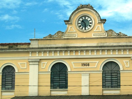 Old Train Station, Station Clock, São Carlos