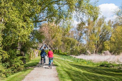 Ostseebad Ahrenshoop, Cycling, Fischland, Althagen