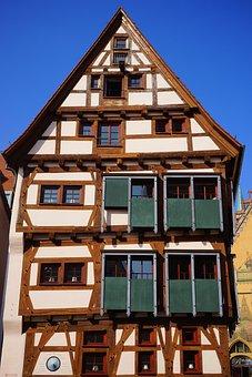 Fachwerkhaus, Ulm, Ehinger Black Home, Sliding Shutters