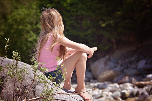 Human, Person, Child, Girl, Blond, Long Hair, Sitting