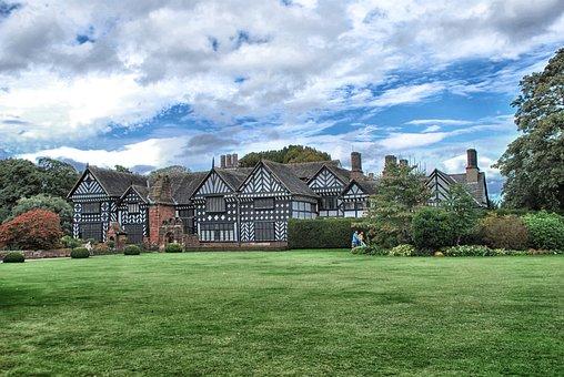 Speke Hall, Liverpool, England, Great Britain, Sky