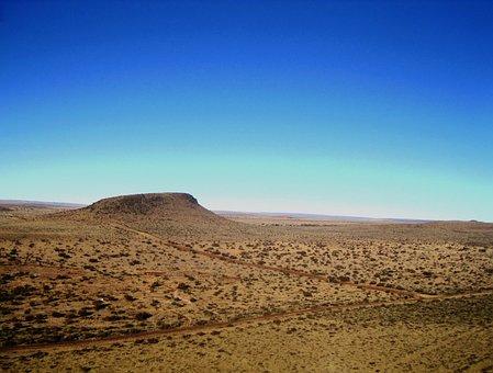 Hill, Copse, Mound, Plains, Vast, Flat, Earthy, Roads