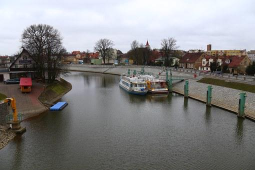 The River Odra, In Nowa Sól, Boats, Ships, Water, Tree
