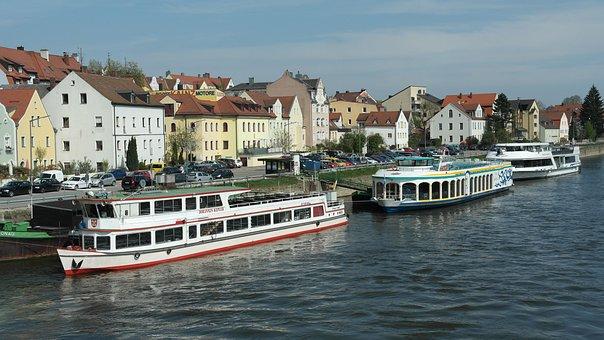 Regensburg, Eastern Bavaria, Bavaria, Germany