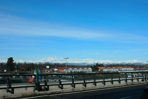 Malpensa Airport, Alps, Milan
