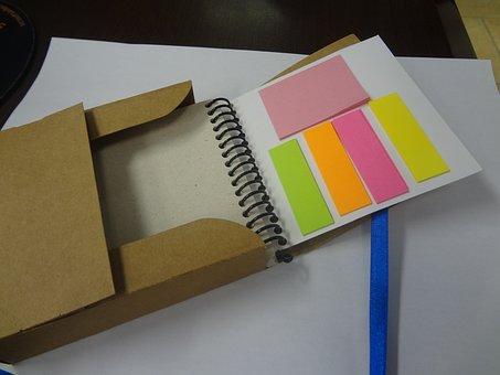 Postiti, Block With Spiral, Cardboard Box