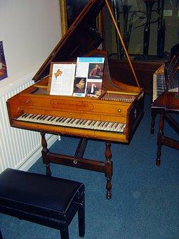 Handel Harpsichord, Old Instrument, Prototype Piano