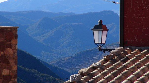 Maçanes, Roof, Lantern, People, Facade
