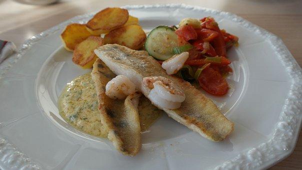 Zander Filet, Pike Perch, Fish, Vegetables, Potato