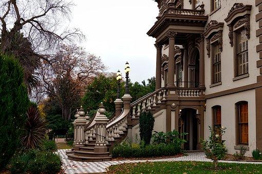 Leland Stanford Mansion, Sacramento, California, House