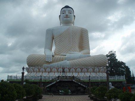 Kande Vihare Temple, Sri Lanka, Budha, Statue, Cloudy