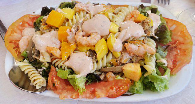 Salad, Seafood, Prawns, Dressing, Tomato, Food, Dining