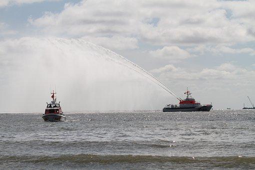 Borkum, Ships, Alfried Krupp