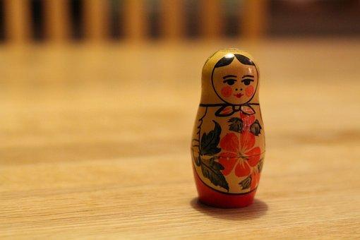 Babushka, Träfigur, Russian Doll