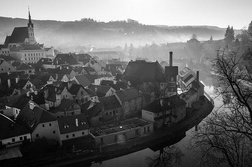 Czech Republic, Cesky Krumlov, Morning, City, Fog