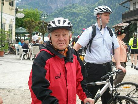 Biking Sunday, Governor Pühringer, Prominent