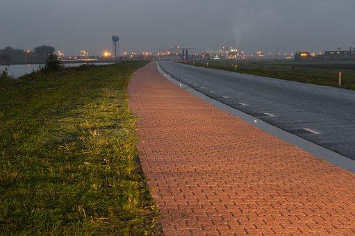 Reflective Pavement, Groningen, Poly Civil