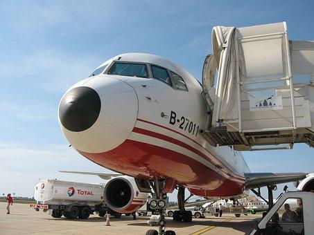 Plane, Airport, Airstrip, To Divert