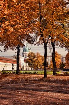 Castle Charlottenburg, Castle Park, Berlin, Autumn