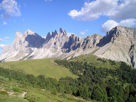 Geisler Range, Mountains, Dolomites, South Tyrol, View