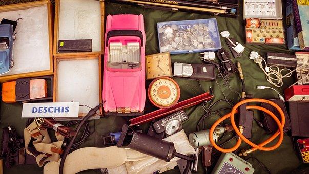 Vintage, Garage Sale, Old, Used, Things, Stuff, Trash