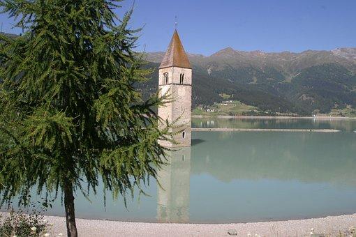 South Tyrol, Italy, Val Venosta, Sunken Church, Lake