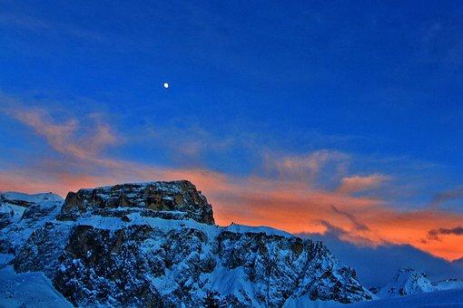 Pordoi Pass, Winter, Sunset, Luna, Sky, Landscape