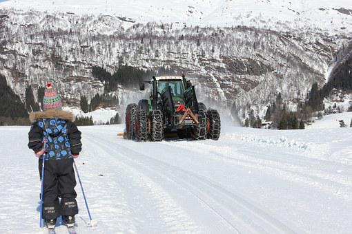 Snow, Winter, Cross Country Skiing, Tractor, Ski Trails