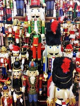 Nutcracker Parade, American, Christmas, Colorful