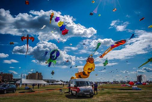 Kate Festival, Portsmouth, England, Sky, Clouds, Car