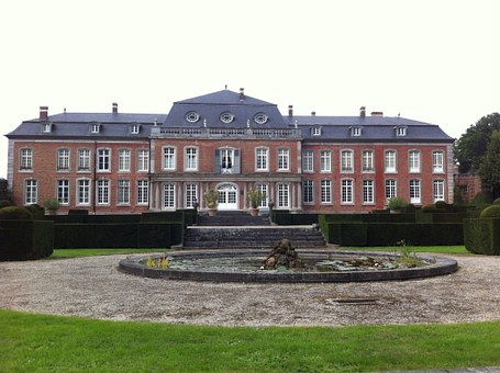 Castle Hex, Belgium, Building