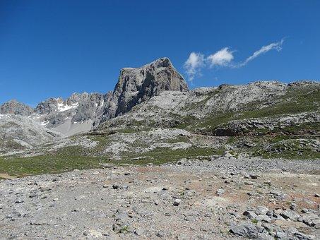Mountain, Rocks, Cliffs, Cantabria, Nature, Tourism