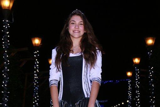 Girl, Princess, Lights, Night, Winter, Christmas