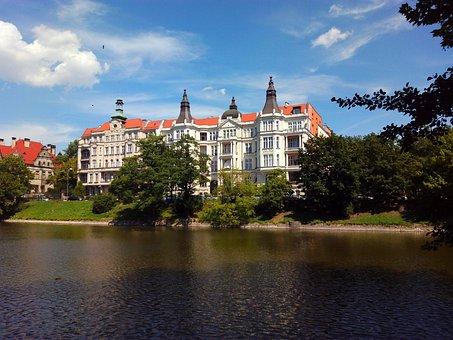 Building, River, Sky, Sunny, Tree, Panorama, Landmark
