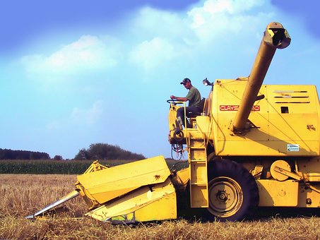 Combine Harvester, Combine, Clayson-140, Grain Harvest