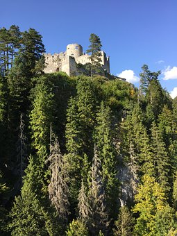 Reutte, Burg Ehrenberg, Fortress