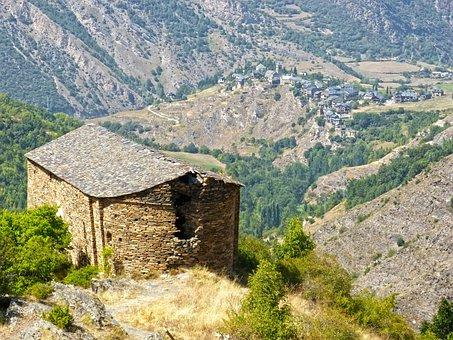 Chapel Romanesque, Ruin, Pyrenee Catalunya
