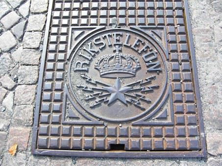 Manhole Cover, Sweden, Gothenburg, Empire Telephone