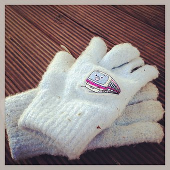 Gloves, Child, Clothing, Little, Accessory, Hands