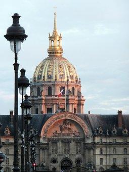 Les Invalides, Lanterns, Paris