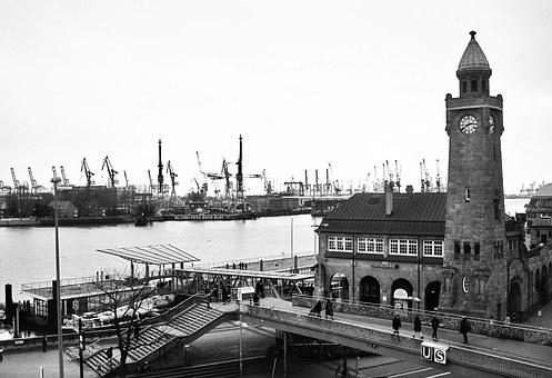Landungsbrücken, Port Of Hamburg, Pegelturm