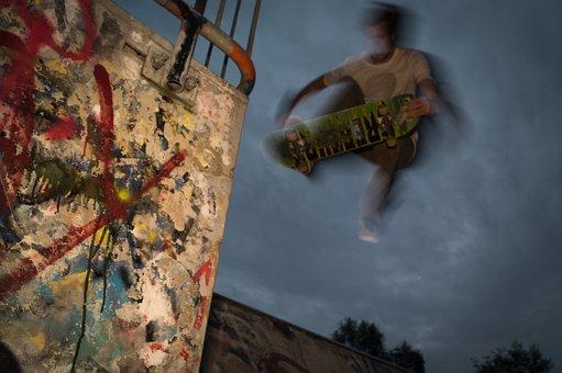 Skateboarder, Skateboard, Skateboarding, Sport, Young