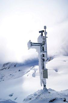 Mobile Telephone Mast, Jungfraujoch, Mountains