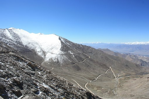 Leh, Khardung La, Pass, Pass Road