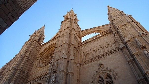 Palma Cathedral, Cathedral