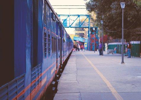 Delhi, India, Train, Train Station, Travel, Traveller
