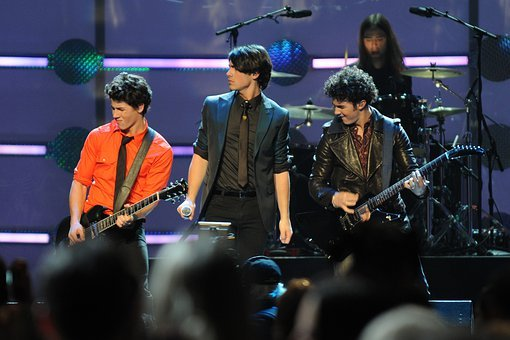Jonas Brother, Entertainers, Singers, Music, On Stage