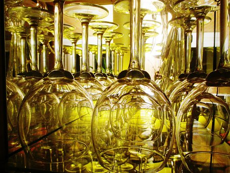 Wine Glasses, Display Case, Crystal, Transparent